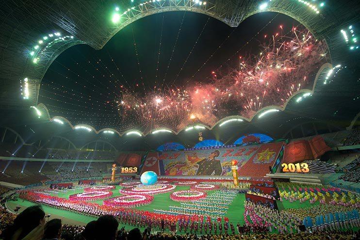 lo stadio più grande del mondo si trova in corea del nord -