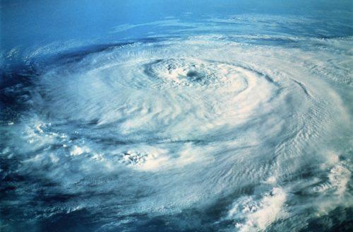 Perchè diamo nomi umani agli uragani?
